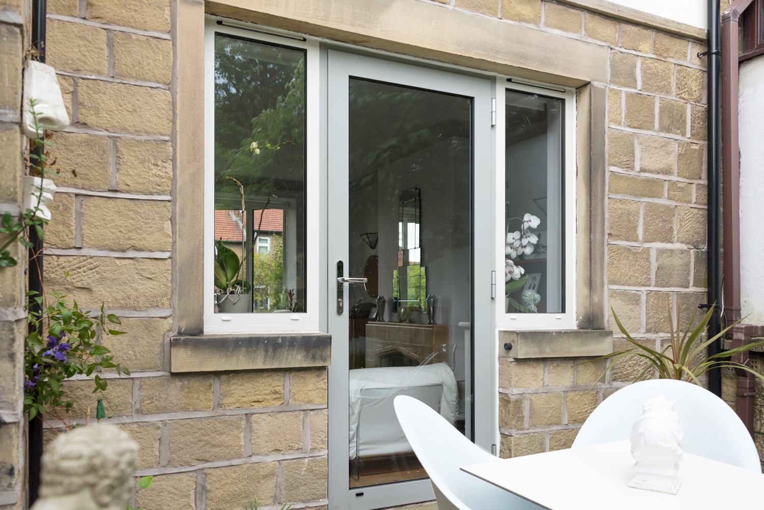 Aluminium Windows Aluminium Windows & MIDAS ALUMINIUM | bi-folding aluminium windows and doors ...